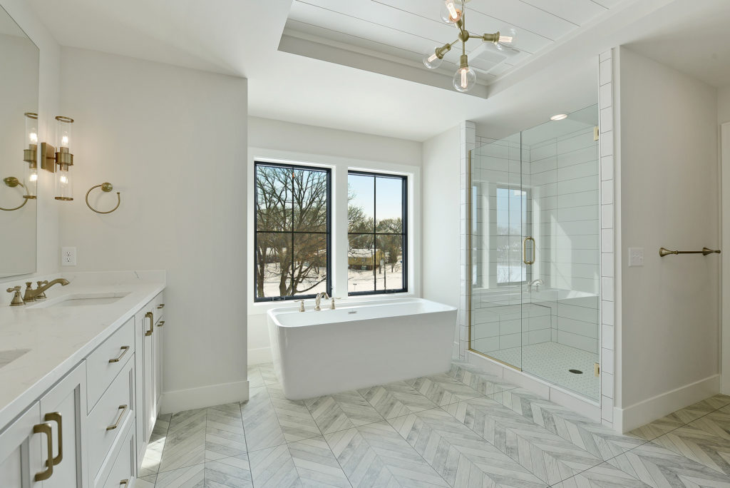 Master bath at 6237 Knoll Drive in Edina for sale