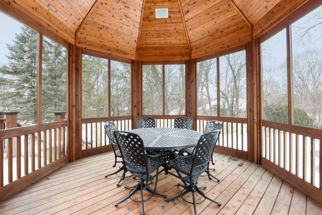 Home buyers want outdoor living spaces like patios, pools, fire pits, and more. Edina homes for sale.