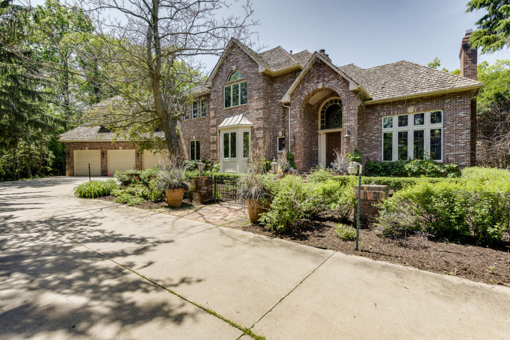 4900 Bywood Street West in Edina for Sale